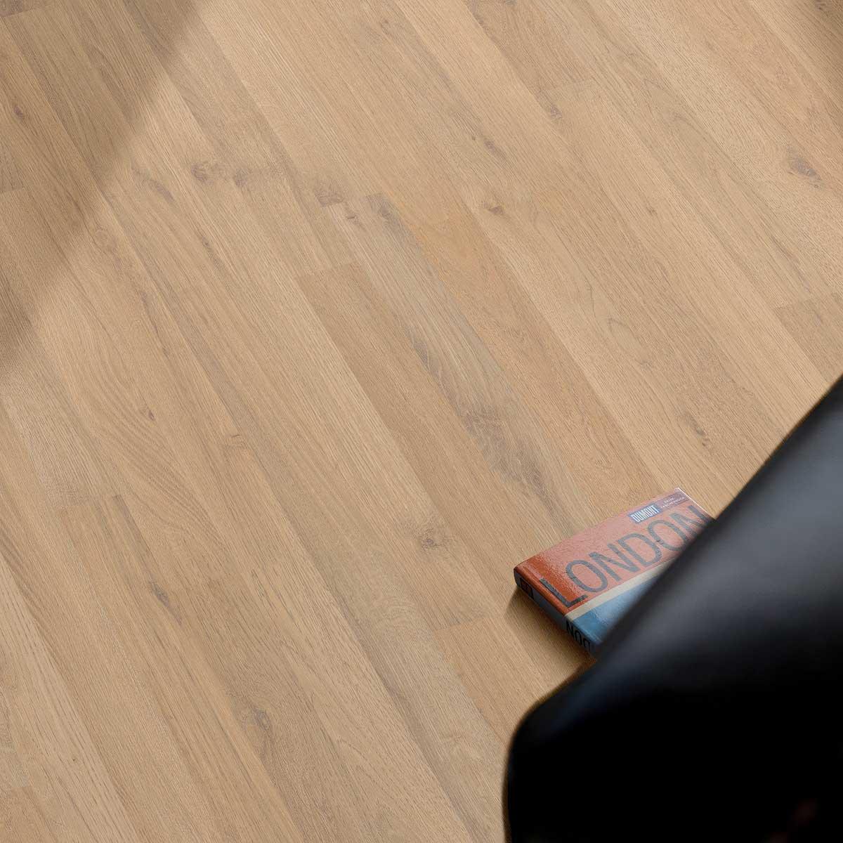 eiche laminat fu b den der boden online shop aus sterreich. Black Bedroom Furniture Sets. Home Design Ideas