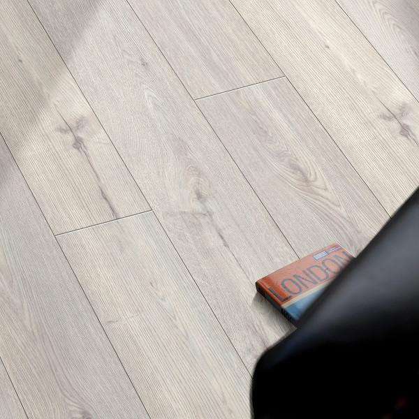 Floor Experts Edition Laminat Landhausdiele Eiche Merida Silber K436