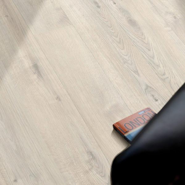 Floor Experts Spirit Laminat Landhausdiele Eiche Monte Carlo 6047
