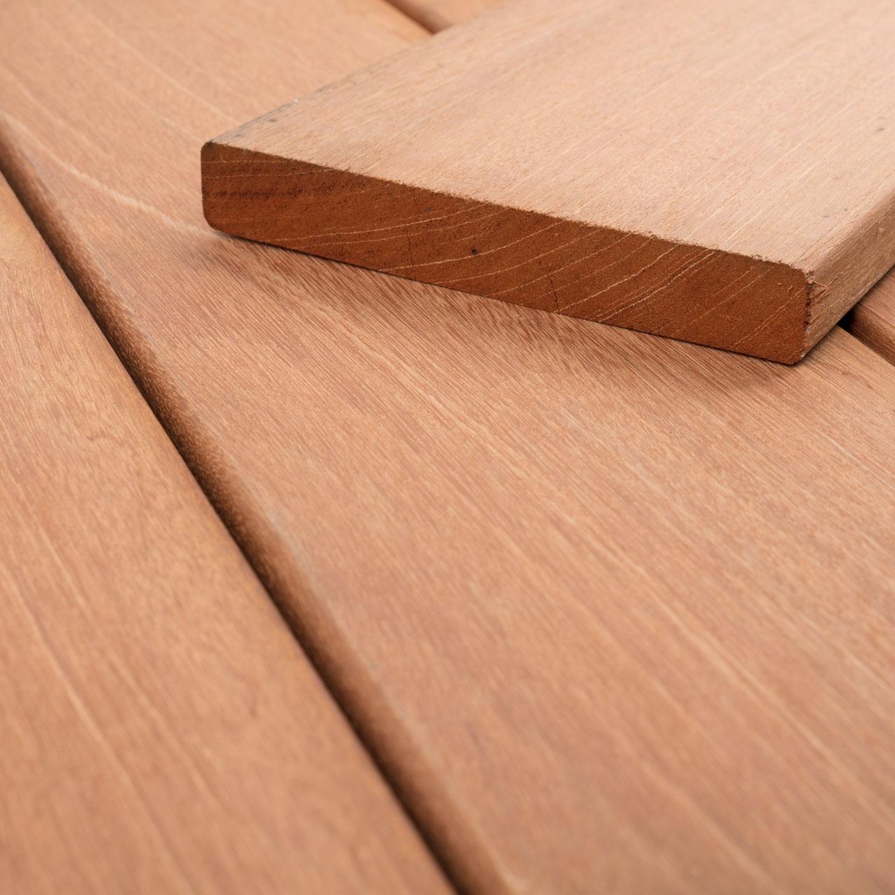 Bangkirai   Holz Terrassendielen   Terrassendielen   der Boden ...