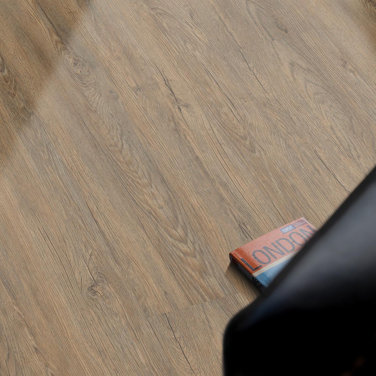 vinylboden vinfloor tec eiche antik landhausdiele der boden online shop aus sterreich. Black Bedroom Furniture Sets. Home Design Ideas