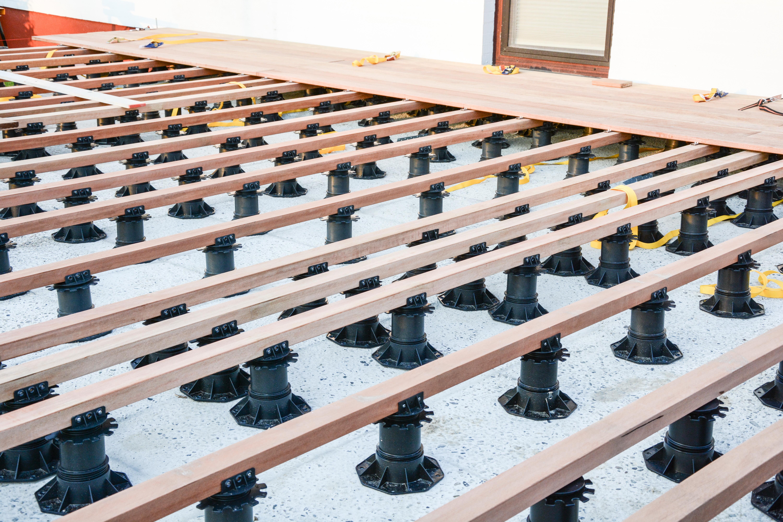 Terrasssen-Unterkonstruktion auswählen und richtig aufbauen