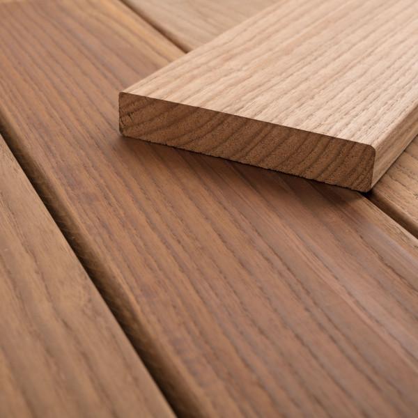 FANO Holz Terrassendiele Thermoesche, glatt 1800 bis 3600 mm